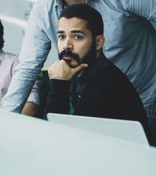 Pedro Martez Weffer- Diseñador Gráfico/ Especialista en UI/UX